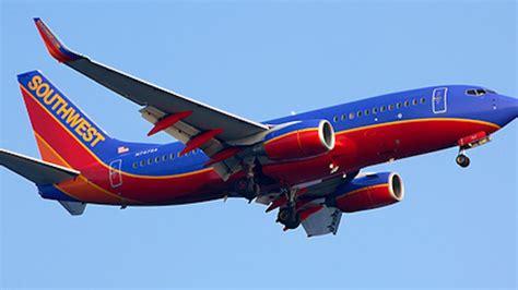 southwest flight makes emergency landing in salt lake southwest plane makes emergency landing in salt lake city