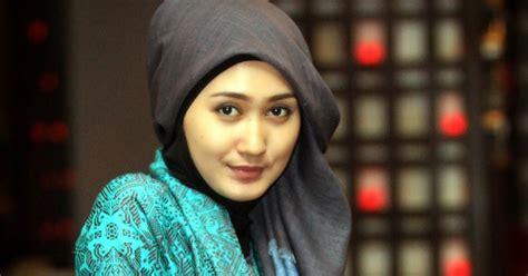 desain baju distro luar negeri desain busana muslim dian pelangi sukses di luar negeri