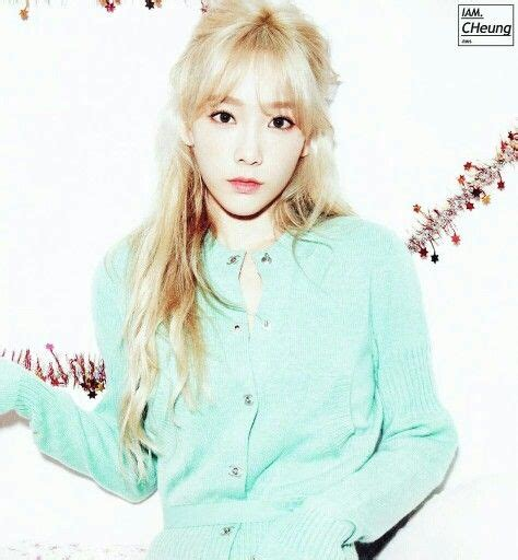 Photocard Taeyeon Dear Santa 36 best images about taeyeon on chapter 16 merry and dear santa