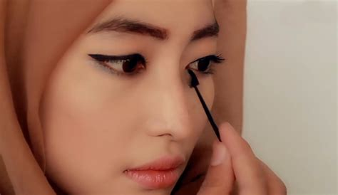 tutorial make up natural untuk wajah kotak tutorial make up hijab shading