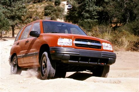 2000 chevrolet tracker 2000 chevrolet tracker pictures history value research