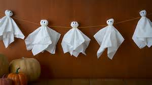 How Do You Make Halloween Decorations Last Minute Diy Halloween Decorations Halloween Ideas