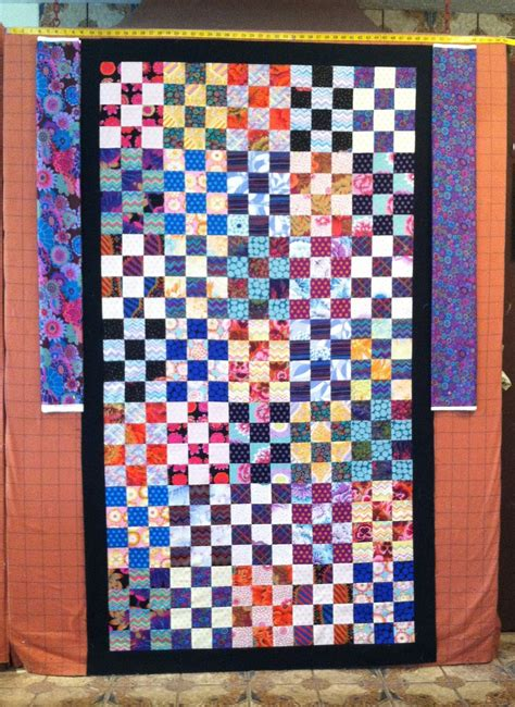 quilting wall quilts berry patch ii free wall quilt everyone deserves a quilt design wall monday and more