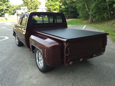stepside bed 1973 chevrolet c10 custom deluxe stepside flareside short