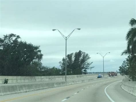 fatal crashes  fort myers cape coral  lee countys death toll   day