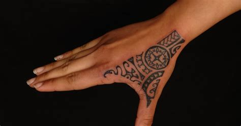 shane tattoos rotuman polynesian hand tattoo on laura