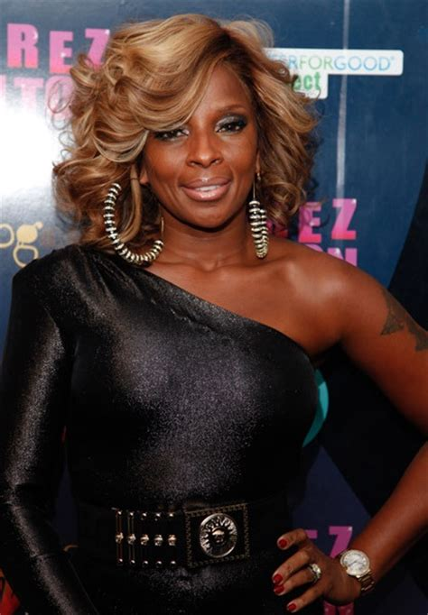 mary j natural hair 17 best images about mary j blige hair on pinterest hip