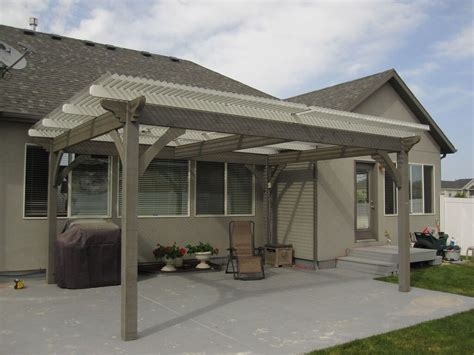 plan for an easy 16 x 20 diy solid wood pergola or