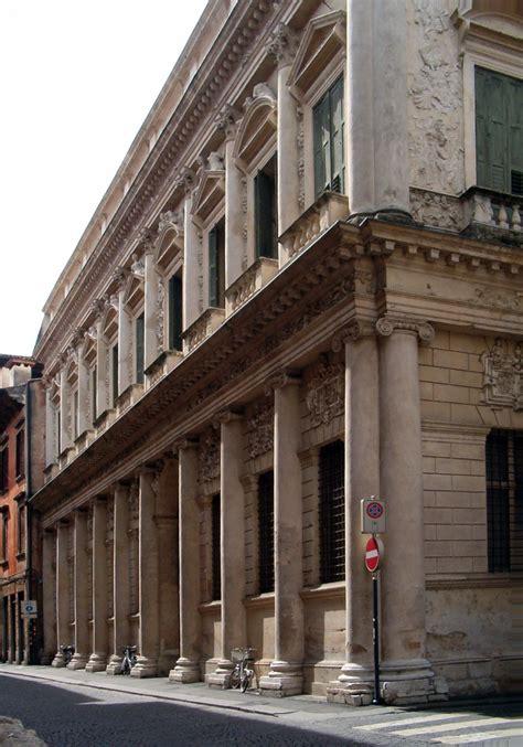 palazzo barbaran da porto vicenza file palazzo barbaran da porto facciata jpg wikimedia