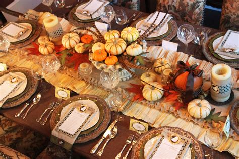 a feast for the eyes thanksgiving dinner table decorations