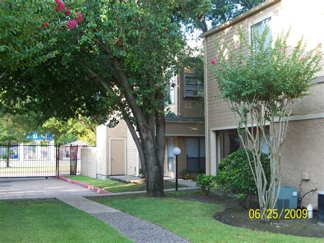 Apartments Near Houston Airport The Crossings Jackson Square In Houston The Crossings
