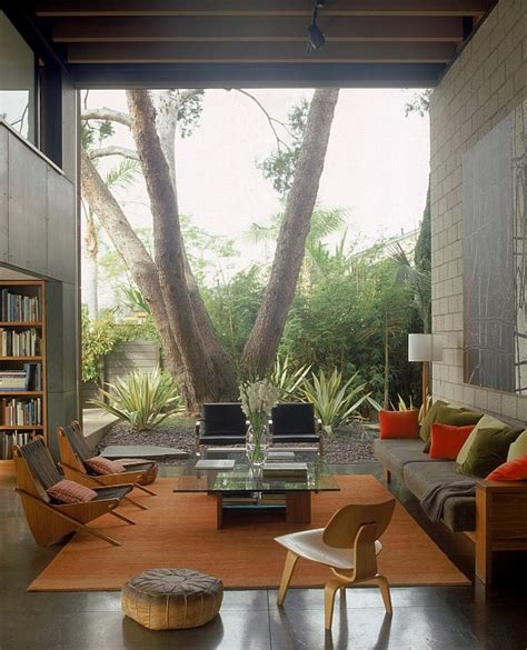 living room outdoor how to make the inside outside transition