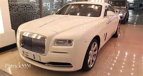 roll royce dubai first rolls royce wraith in dubai is white autoevolution