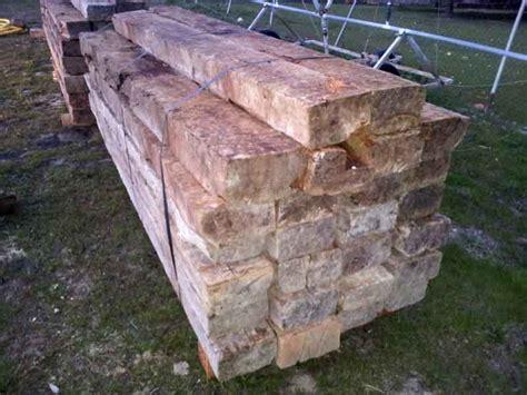 traviesas para jardin maderas para jardin traviesas madera panel de madera