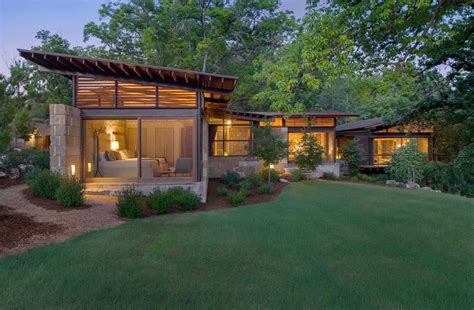 texas hill country ranch home offers  waters edge