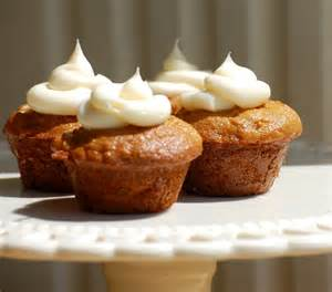 muffin kuchen carrot cake muffins with cheese frosting