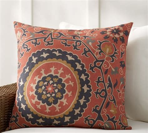 Pottery Barn Pillows On Sale by Pottery Barn 20 Sale This Weekend Only Save On Fall Home