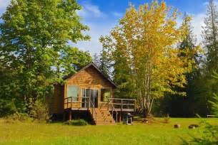 the pond cottage an idyllic retreat surrounded by nature small house bliss