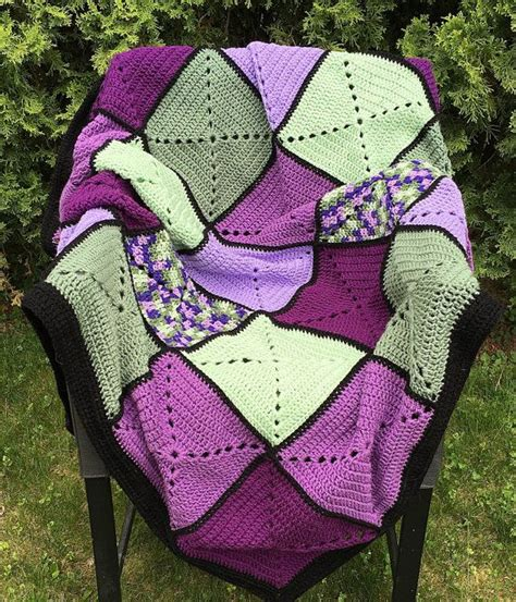 claris fastpac square 2722 3 green 1000 ideas about square afghan on