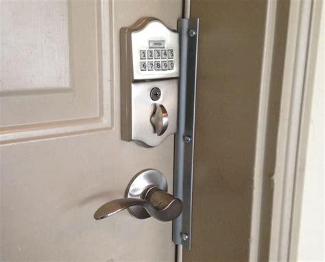 Front Door Locks Keyless The 25 Best Ideas About Keyless Locks On Front Door Locks Door Locks And Finger