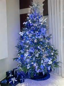 25 best ideas about blue christmas tree decorations on