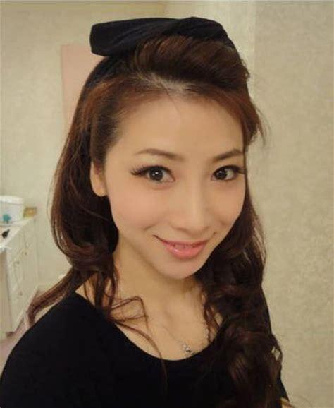 full figured women 34 yrs old haircut 水谷雅子 美魔女 43歳なのに18歳に見える主婦モデル lang 2人の子どもをもつ美魔女 水谷雅子