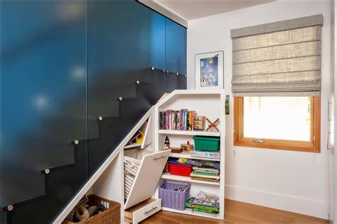 glasschiebetür innen dekor schmal treppe