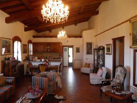 mobili toscani pregiato casale in stile toscano casali toscani