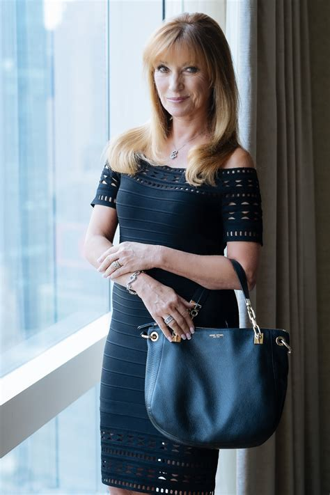 Whats Included What S In Her Bag Jane Seymour Purseblog