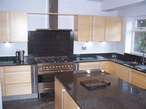 Magical Kitchens & Builders   Kitchen Fitter in Sutton