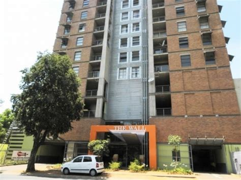 2 bedroom flat hatfield 2 bedroom flat to rent in hatfield the wall apartments pretoria east flats to rent