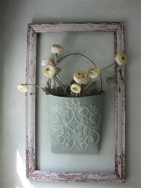25 best ideas about empty picture frames on