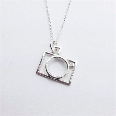 I Envelope Necklace From Outfitters by 25 Best Ideas About Necklace On