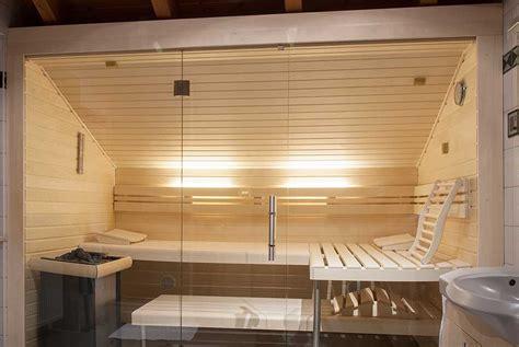 sauna mit glasfront sauna unter einer dachschr 228 ge apart sauna ihre