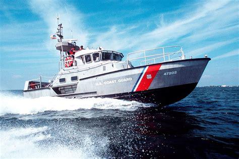 coast guard small boat rescue 47 foot motor lifeboat mlb military