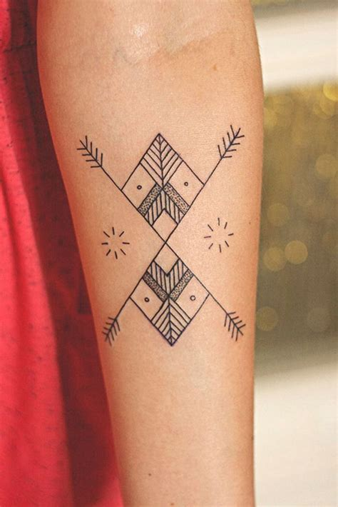 simple body tattoo designs 25 best ideas about simple arm tattoos on