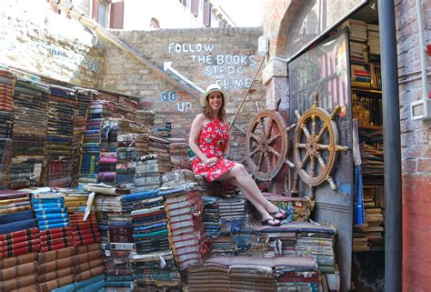 libreria venezia acqua alta libreria acqua alta in venice memories of the pacific
