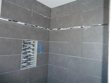 Time for more detail bathroom tile quadomated