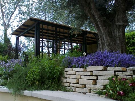 realizzazione aiuole per giardino realizzazione di aiuole e bordure arte giardino