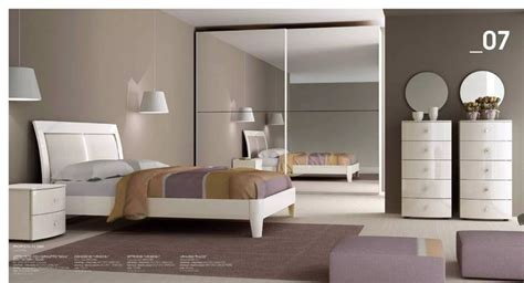 da letto completa economica oltre 1000 idee su comodini da letto su