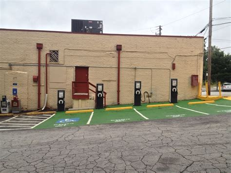Rutgers Electric Vehicle Charging Stations Electric Vehicle Charging Manuel S Tavern Atlanta