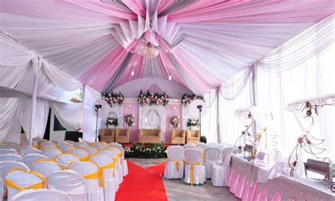 paduan warna plafon rumah carles