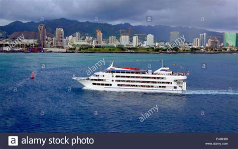 dinner on a boat honolulu dinner cruise stock photos dinner cruise stock images