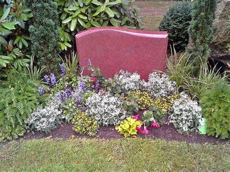 garten pflanzen die wenig wasser brauchen blumen f 252 r friedhof wenig wasser bilderbuch d sseldorf