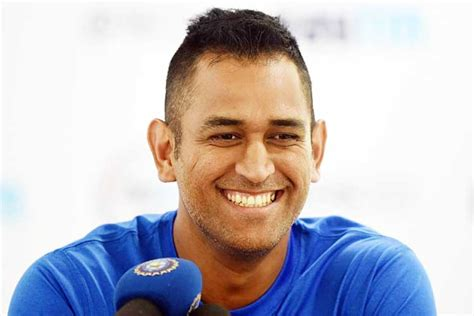 dhoni hairstyles images trend setting hairstyles of indian cricketer ms dhoni