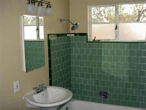 1950 bathroom tile 25 best ideas about 1950s bathroom on pinterest kitchen