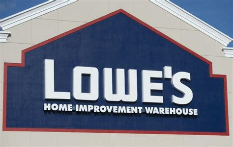 lowe s buys canadian home improvement rival rona daily
