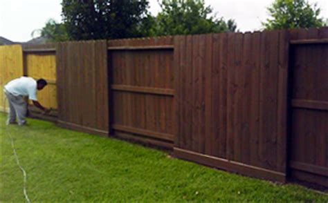 staining services tx wood fences stained