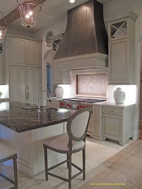 stove opening between cabinets 10 best images about vent hood decorating on pinterest