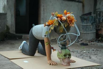 End Cup Ulir Jeruk pen terbang top contemporary artist eko nugroho artworks